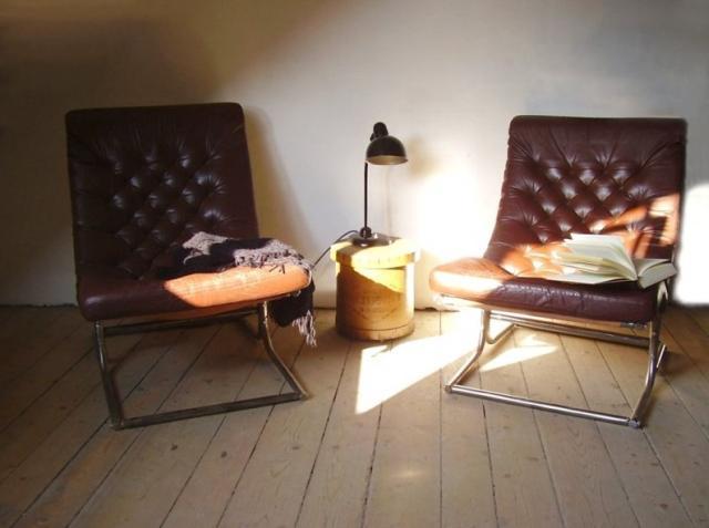 Chesterfield jellegű, ipari vázú fotelek
