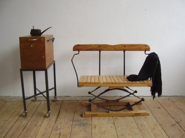 Lovaskocsi üléséből készített fotel