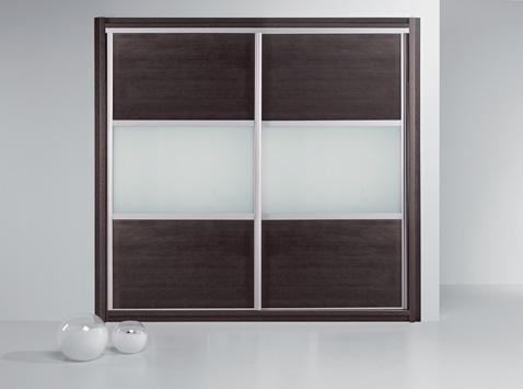 Aluminium keretes tolóajtós szekrény, fadekor-üveg betétes tolóajtós szekrény