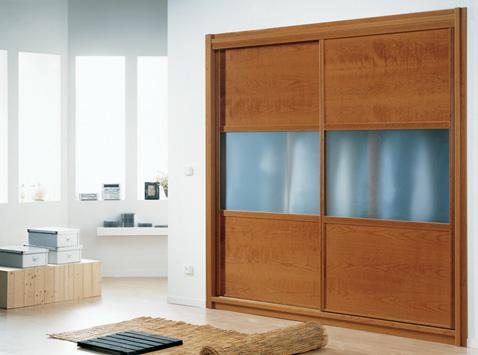 Fadekor-üveg betétes tolóajtós szekrény
