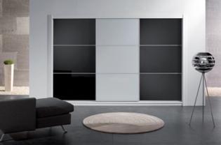 Carlo Carletti tolóajtós gardróbok és beépített szekrények