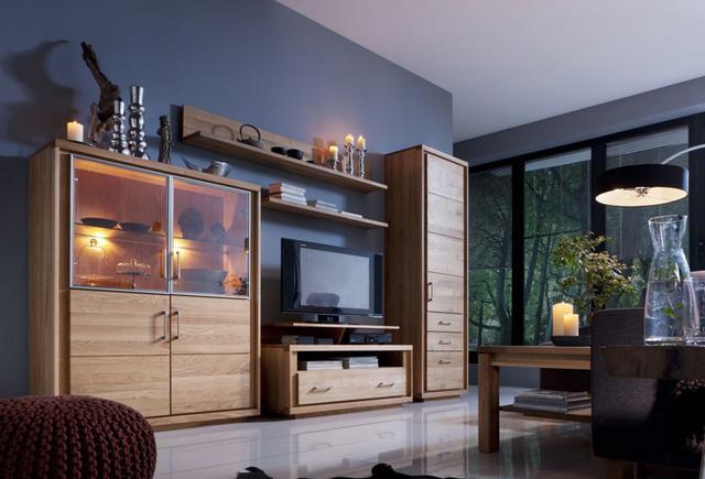 Üveges nappali szekrény