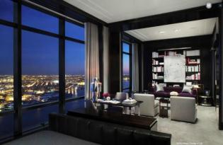 Fémes színek, finom kontrasztok - Igényes penthouse a 77. emeleten