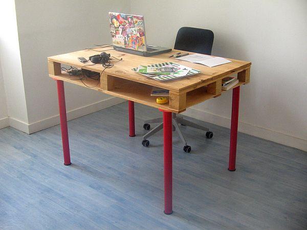 Egyedi íróasztal raklapból
