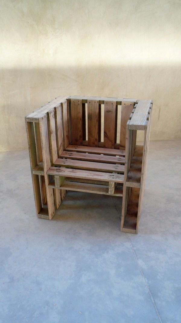 Raklap fotel