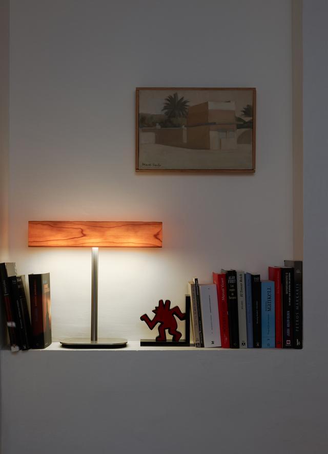 LFZ asztali lámpa fadekor