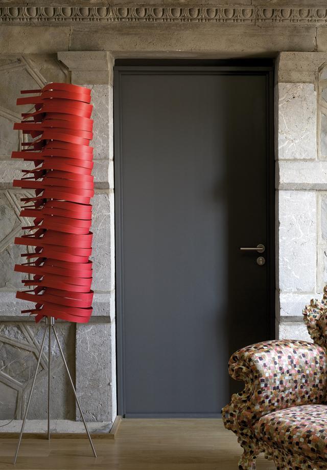 LFZ piros állólámpa