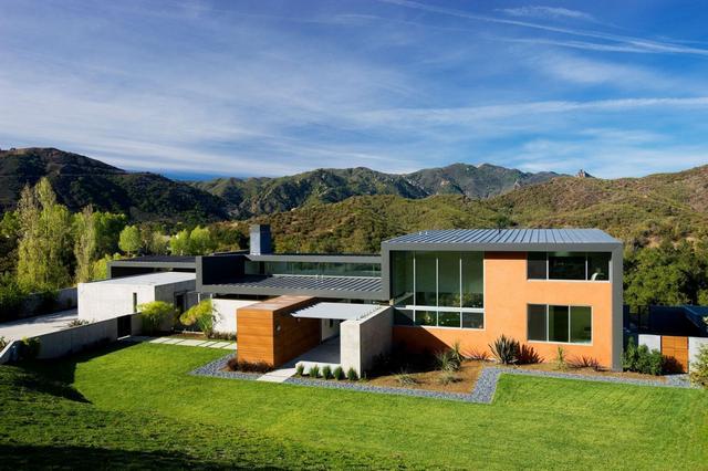 Minimál építészet lapostetős ház