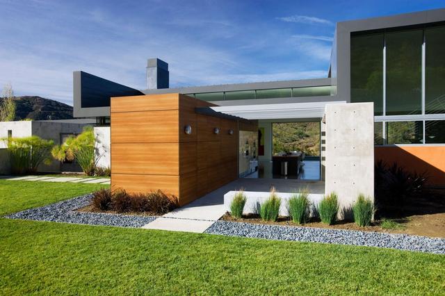 Modern k tszintes h z egyedi nt tt beton bels p t szeti for Fachadas de casas modernas en lima