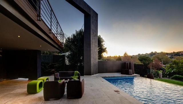 Modern színes kerti bútor