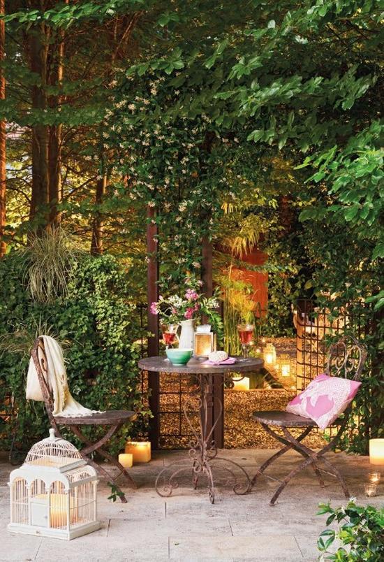 Kovácsoltvas kerti székek