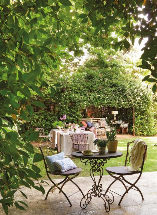 Mediterrán rusztikus kert