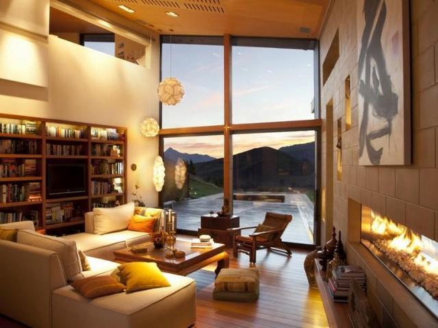 Fehér nappali lakberendezés design lámpa