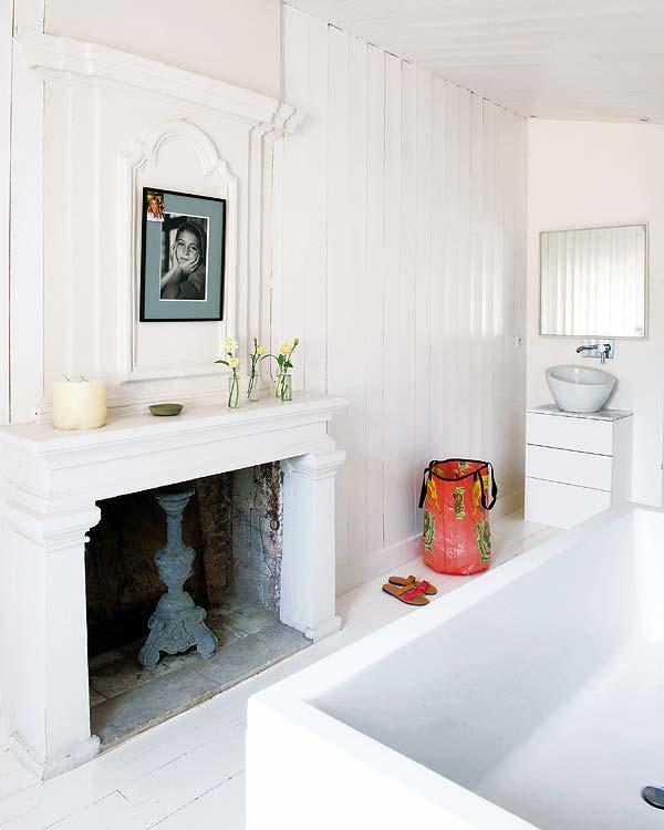 Kandalló a fürdőszobában