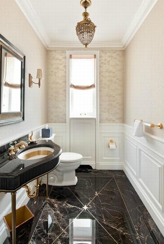 Modern penthouse lakás klasszikus fürdőszoba