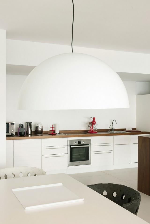 Minimál modern fehér konyha