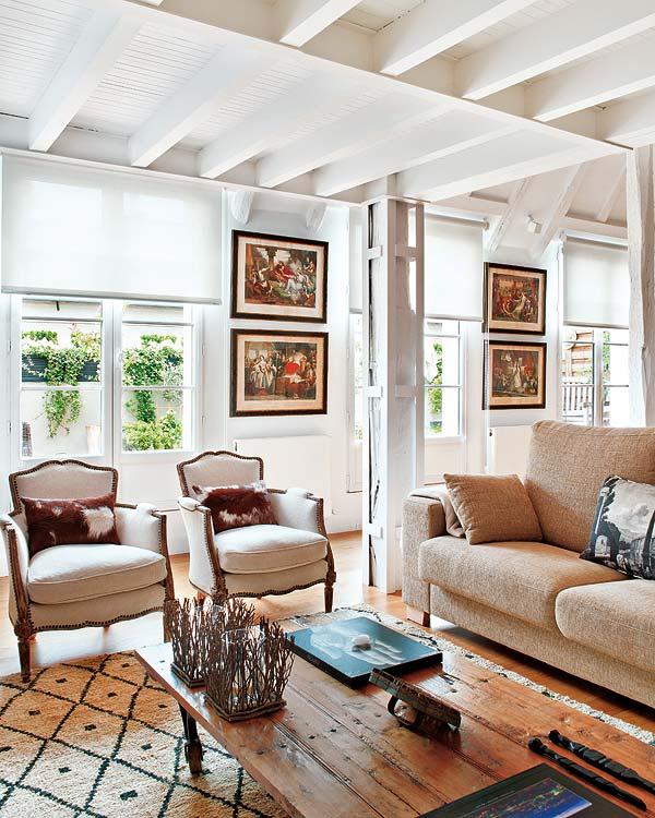 Neobarokk fotel loft elemek