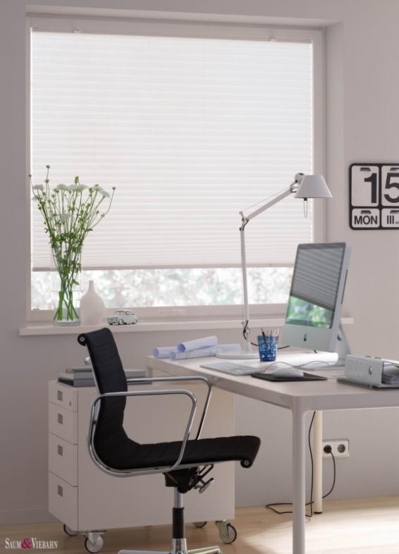 Pliszé függöny dolgozószobába