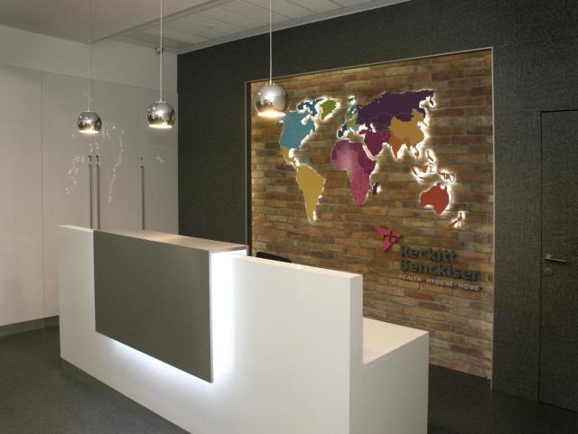 Reckitt Benckiser Creative Office recepció