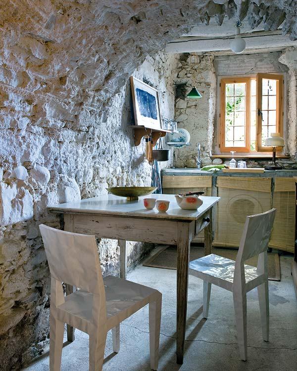 Rusztikus konyha design székekkel