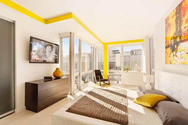 Kétszintes penthouse barna sárga színekkel