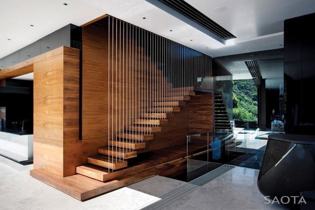 Modern beltéri falépcső