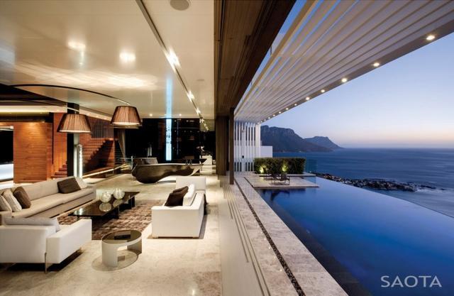 Tengerparti luxus ház