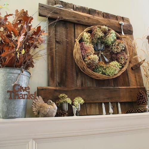 Őszi lakásdekoráció száraz termésekkel