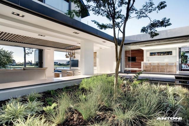 Minimál ház belső kerttel