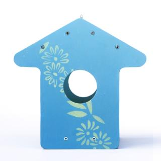 BeBird design madáretető ház forma