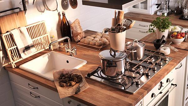 Helytakarékos IKEA konyha megoldás