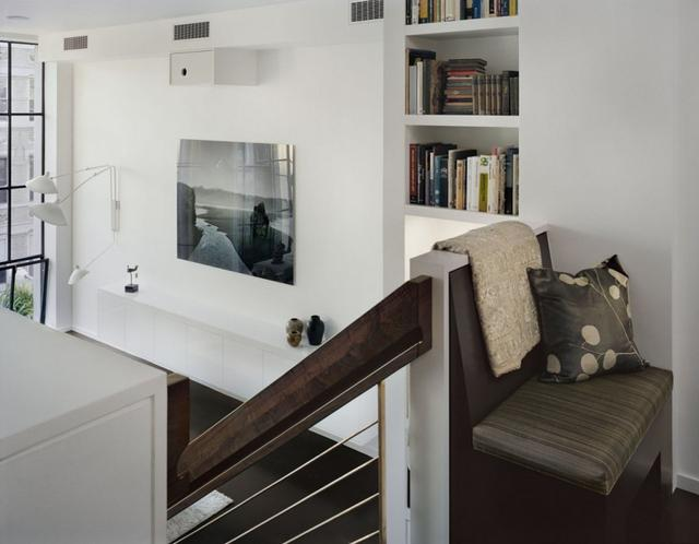Galáriás konyha lépcső