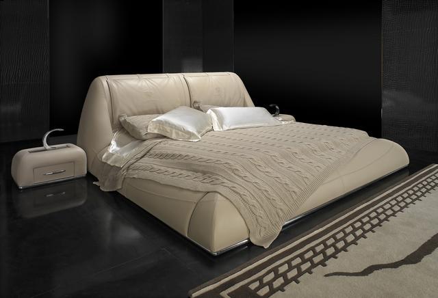 Tonino Lamborghini bőr ágy