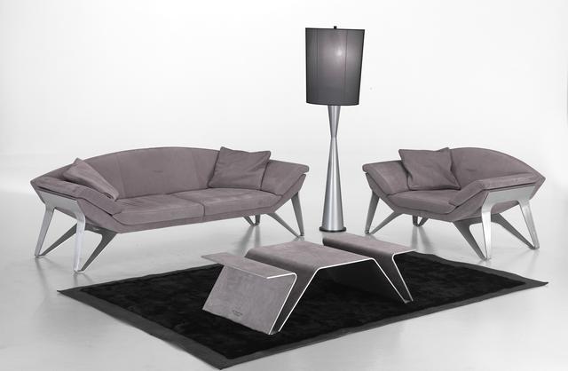 Aston Martin kanapé és állólámpa