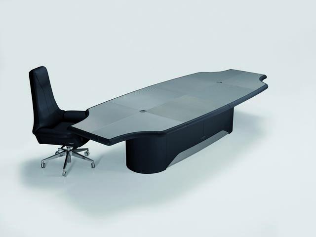 Aston Martin vezetői bútor íróasztal