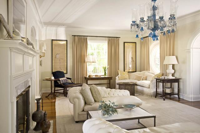 Mediterrán nappali lakberendezés klasszikus bútor