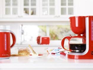Electrolux piros reggeliző szett