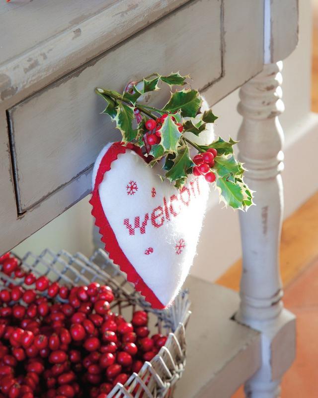 Karácsonyi fagyöngy dekor