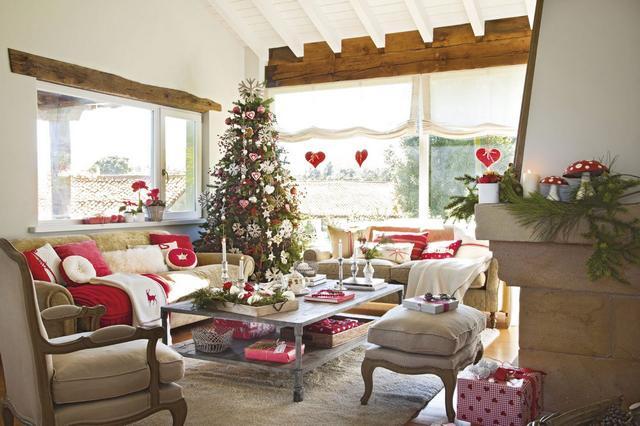Karácsonyi hangulatú mediterrán nappali