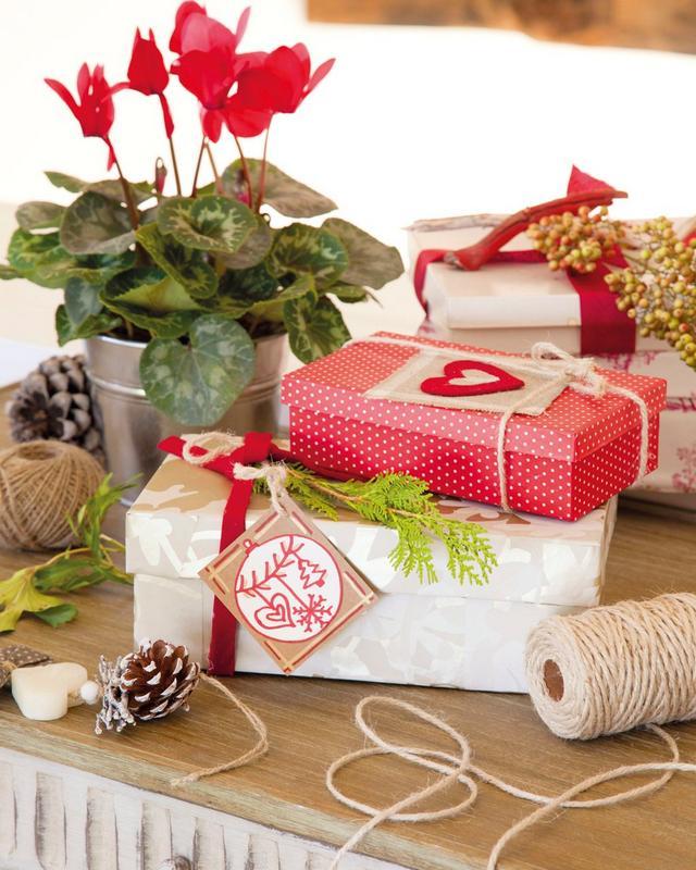 Karácsonyi ajándékcsomagolási ötletek