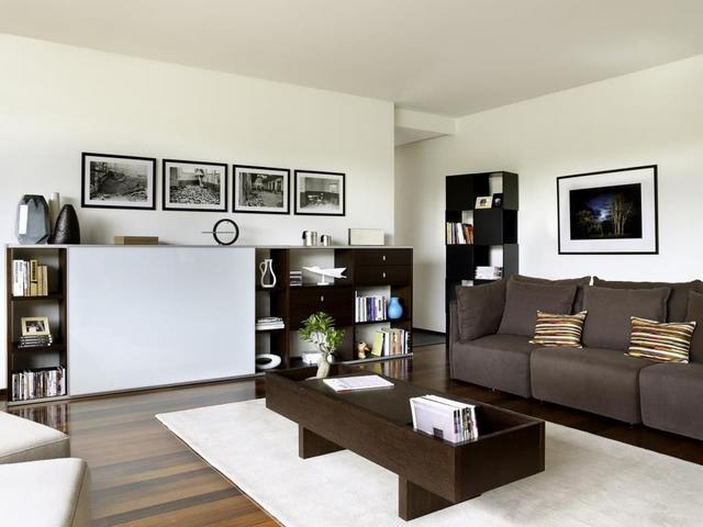 Tema Home IDdesign tolóajtós nappali szekrény