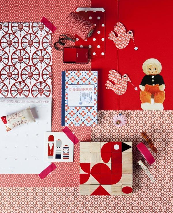 Piros és fehér gyerekszobai stylist munka