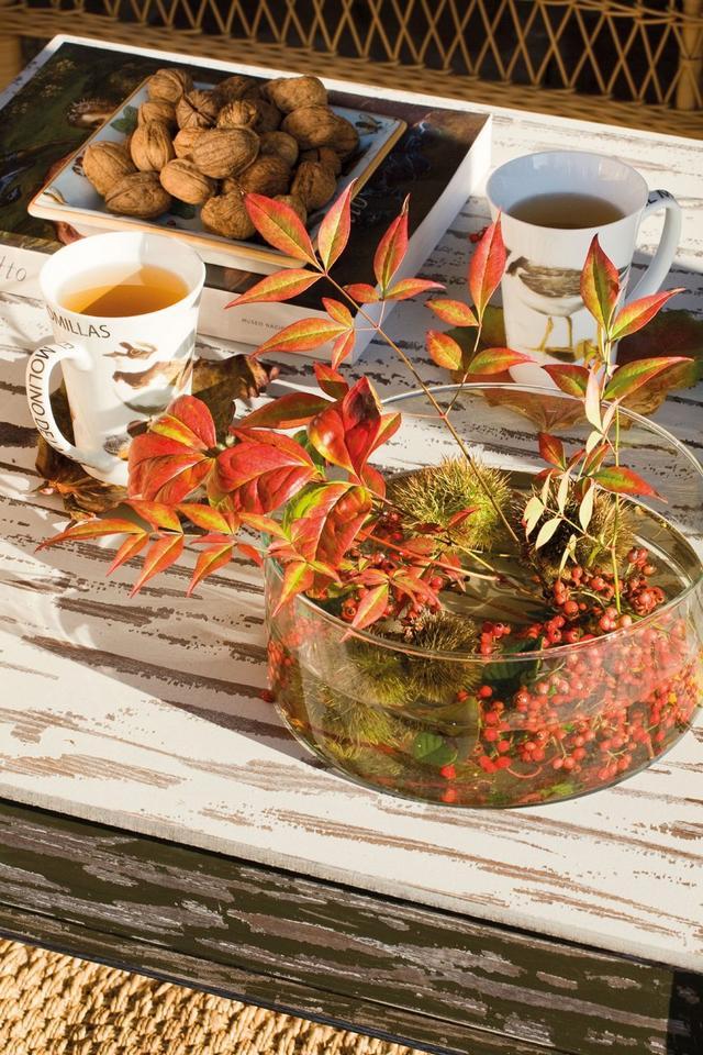 Őszi asztaldekoráció őszi termésekkel