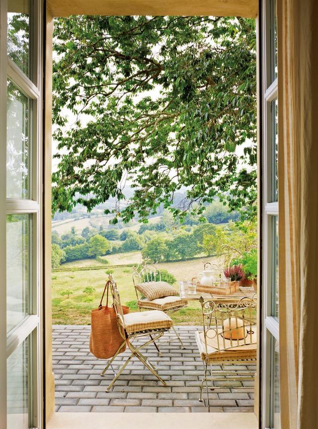 Kovácsoltvas kerti bútor garnitúra teraszra