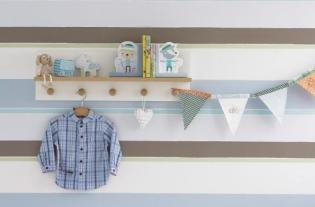 Frissítsd a babaszobát új tapétával vagy dekorcsíkkal