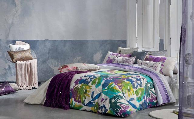 Színes mintás ágytakaró