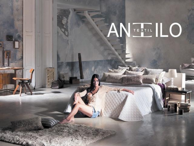 Antilo spanyol ágytakaró steppelt