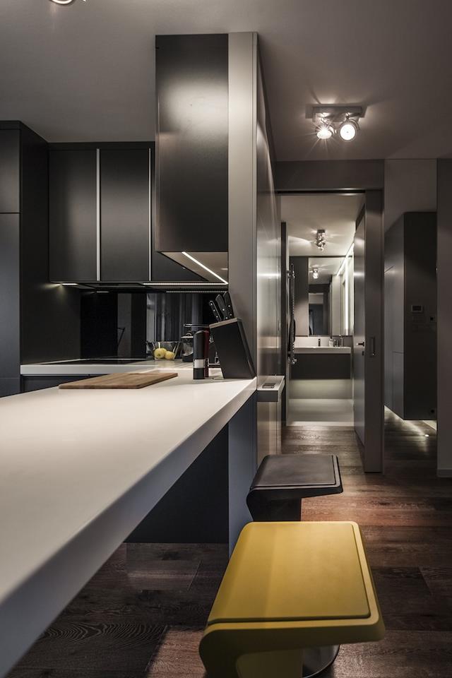 Modern konyha reggelizőpulttal