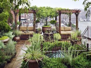 A kertem a váram - 160 nm-es tetőkert a nagyvárosban