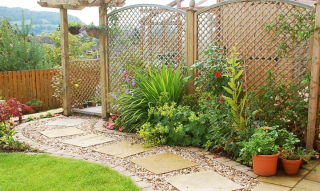 Kerti tipegő kerti burkolat